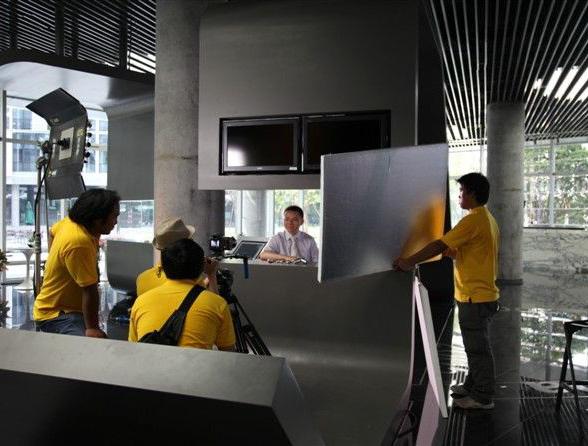 央视上榜(杭州广而告之公司在阿里巴巴拍摄现场)