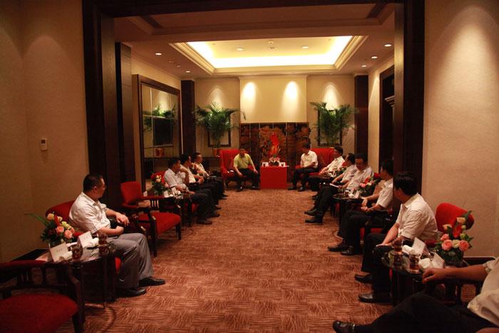 绵阳市市委书记、市长林书会见卡酷尚集团创始人郭晓林先生