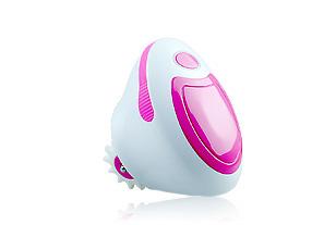 卡酷尚无线充电式3D按摩器的原理就是利用3D滚轮高速滚动对脂肪进行推动,加上负压吸力对人体各部分推脂瘦身,把脂肪击碎化为脂肪酸,加快血液循环,排清淋巴毒素。卡酷尚充电式3D按摩器小巧精致方便携带,可以直接在家里使用,看电视、玩电脑或休息的时候都可以进行按摩,不用大动作的运动就可以达到健身的效果。